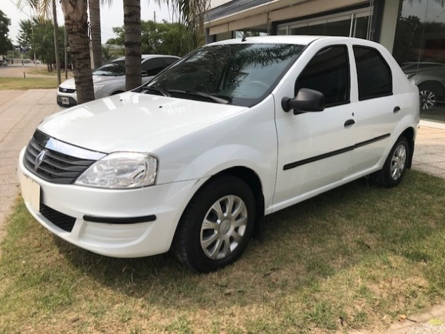 Renault LOGAN PACK PLUS